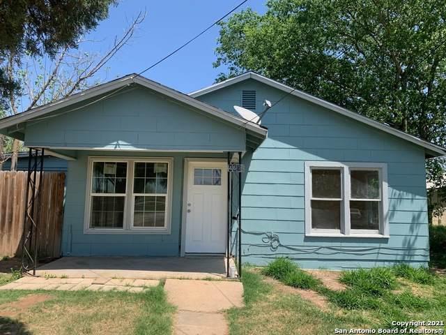 469 Rose Blvd, Charlotte, TX 78011 (MLS #1527308) :: Exquisite Properties, LLC
