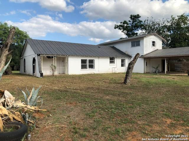 1216 E Alabama St, Pearsall, TX 78061 (MLS #1527383) :: The Castillo Group