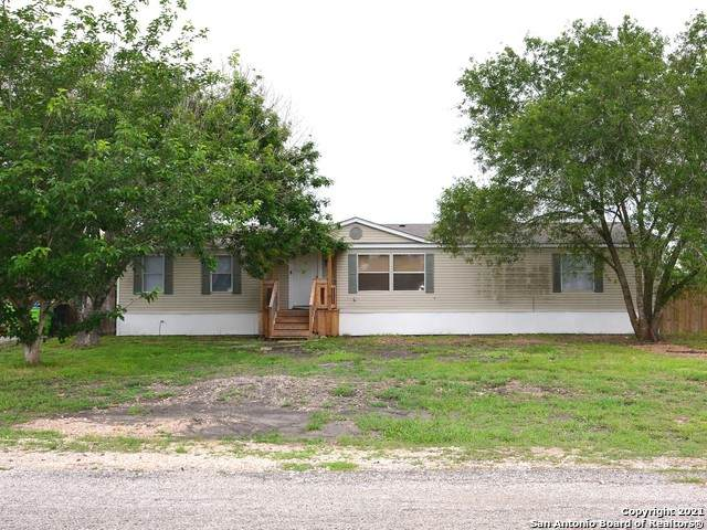 3802 Cr 382, San Antonio, TX 78253 (MLS #1527401) :: The Castillo Group