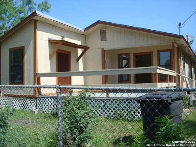 211 Spaatz St, San Antonio, TX 78211 (MLS #1527439) :: The Glover Homes & Land Group