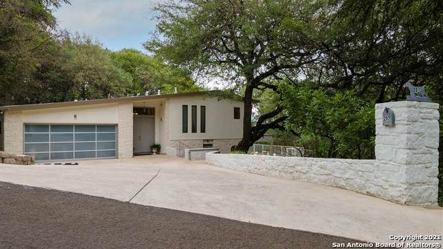 207 Rogers Ridge St, San Marcos, TX 78666 (MLS #1527454) :: The Castillo Group