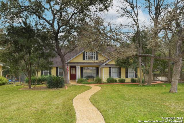899 Laurel Ln, New Braunfels, TX 78130 (#1527456) :: Zina & Co. Real Estate