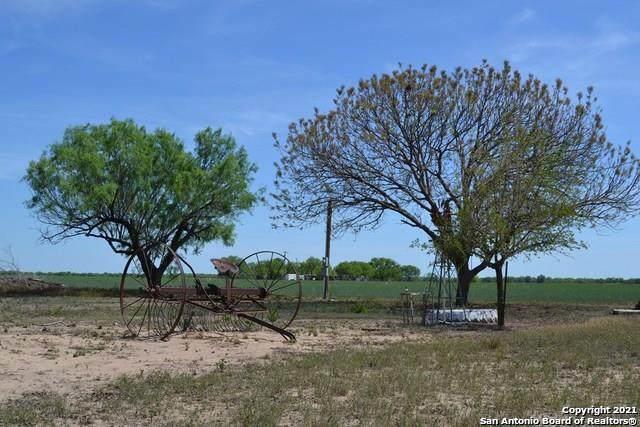 2678 Fm 1436, La Pryor, TX 78872 (MLS #1527827) :: Bexar Team
