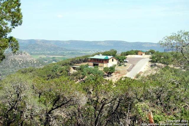 325 N Ridge Dr, ConCan, TX 78838 (MLS #1528394) :: Neal & Neal Team