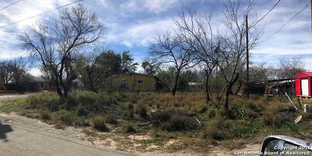 418 N 22nd, Carrizo Springs, TX 78834 (MLS #1528502) :: Phyllis Browning Company
