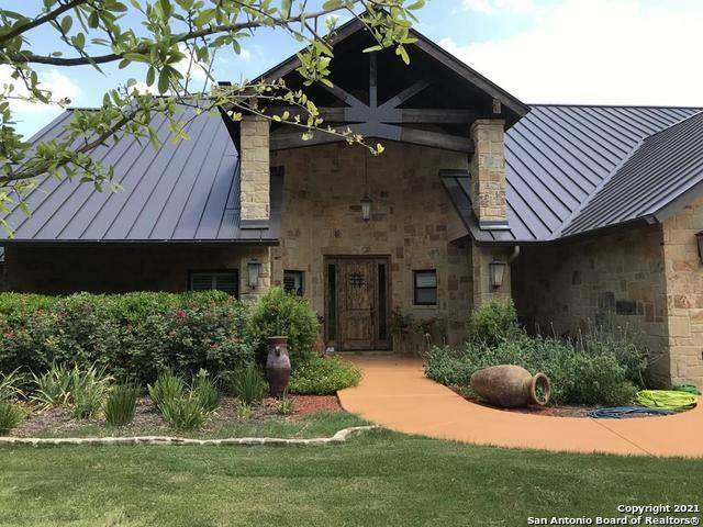 6454 N Highway 83, Leakey, TX 78873 (MLS #1531225) :: 2Halls Property Team | Berkshire Hathaway HomeServices PenFed Realty