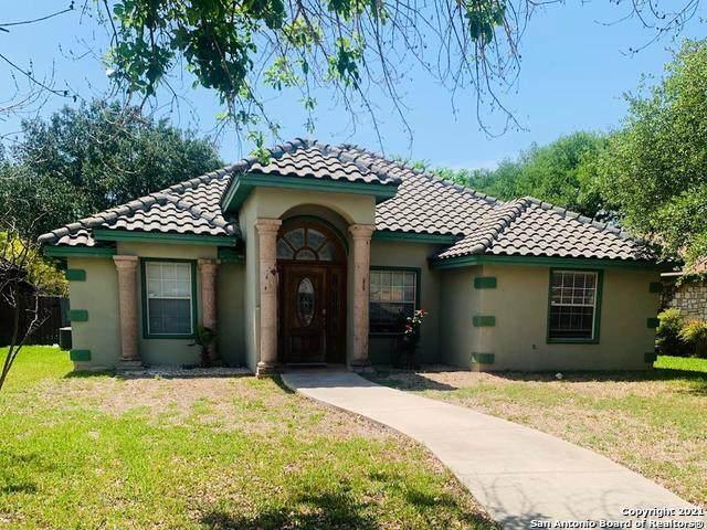 829 Sunnyvale, Uvalde, TX 78801 (MLS #1531377) :: 2Halls Property Team | Berkshire Hathaway HomeServices PenFed Realty