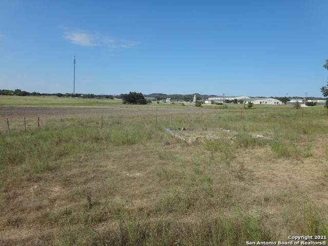 118 Us Hwy 87, Comfort, TX 78014 (MLS #1531776) :: The Glover Homes & Land Group