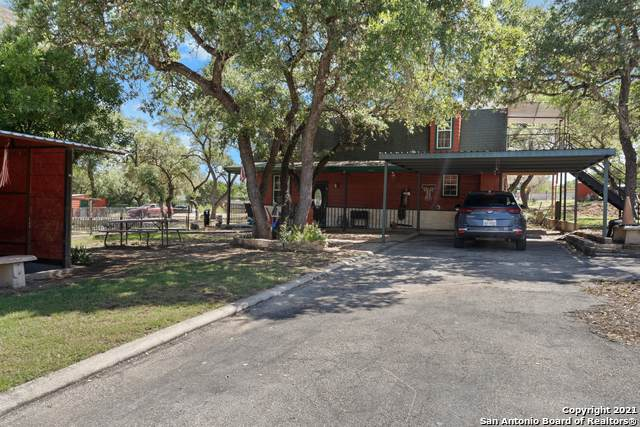 3712 Bump Gate Rd, Pipe Creek, TX 78063 (MLS #1532876) :: Alexis Weigand Real Estate Group