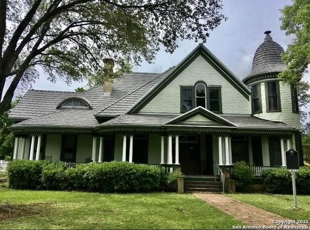 703 Johnson Ave, Seguin, TX 78155 (MLS #1533001) :: 2Halls Property Team | Berkshire Hathaway HomeServices PenFed Realty