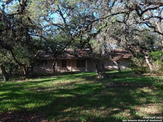 15910 Nw Military Hwy, Shavano Park, TX 78231 (MLS #1533038) :: The Castillo Group
