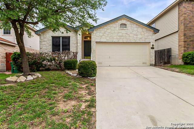 654 Diamond Falls, San Antonio, TX 78251 (MLS #1533040) :: Beth Ann Falcon Real Estate