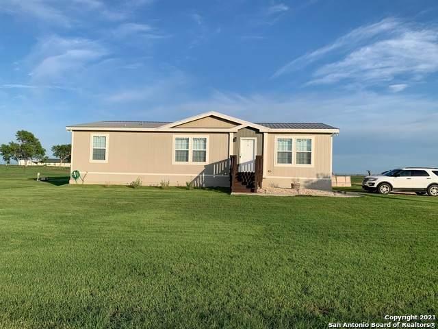 2565 County Road 134, Floresville, TX 78114 (MLS #1533139) :: Beth Ann Falcon Real Estate