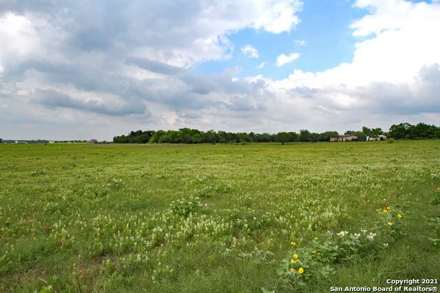 625 Mc Connell Rd, Lytle, TX 78052 (MLS #1533181) :: The Lopez Group