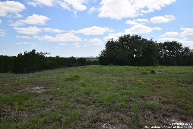 PARCEL 16 Rio Lantana, Pipe Creek, TX 78063 (#1533194) :: The Perry Henderson Group at Berkshire Hathaway Texas Realty