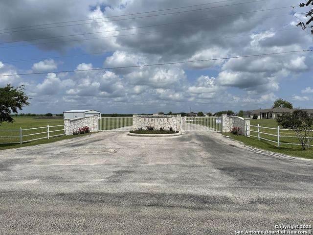 LOT 18 Zuehl Crossing, La Vernia, TX 78121 (MLS #1533270) :: BHGRE HomeCity San Antonio