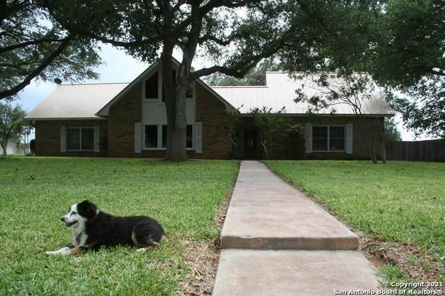 154 Encino Dr, Pearsall, TX 78061 (MLS #1533331) :: Exquisite Properties, LLC