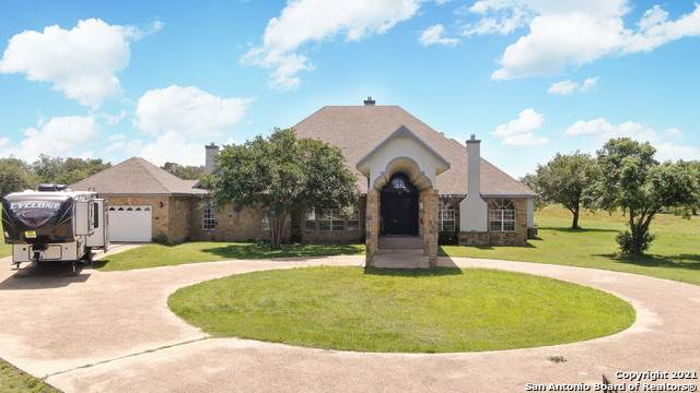 222 Shamrock Dr, Floresville, TX 78114 (MLS #1533727) :: Concierge Realty of SA