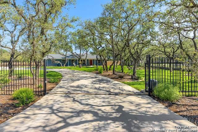 139 Wagon Trail Rd, Shavano Park, TX 78231 (MLS #1533741) :: The Castillo Group