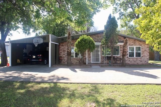 2100 Tx-46 N, Seguin, TX 78155 (MLS #1533781) :: 2Halls Property Team | Berkshire Hathaway HomeServices PenFed Realty