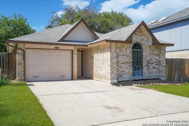 11343 Crescent Peak, San Antonio, TX 78245 (MLS #1533816) :: Beth Ann Falcon Real Estate