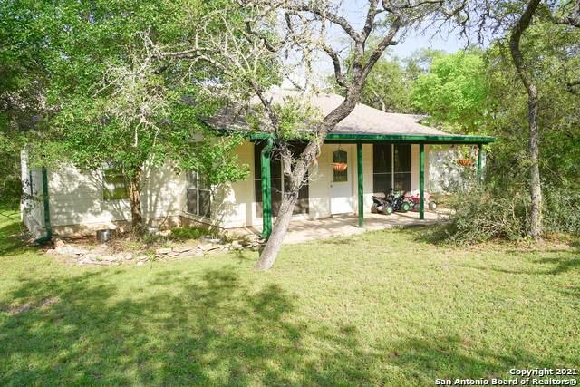 1252 Lakeridge Loop, Pipe Creek, TX 78063 (MLS #1533833) :: Alexis Weigand Real Estate Group