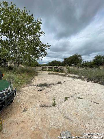 325 Cr 393, Camp Wood, TX 78833 (MLS #1533943) :: The Rise Property Group