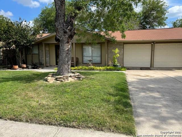9718 Gold Dust Dr, San Antonio, TX 78245 (#1534133) :: The Perry Henderson Group at Berkshire Hathaway Texas Realty