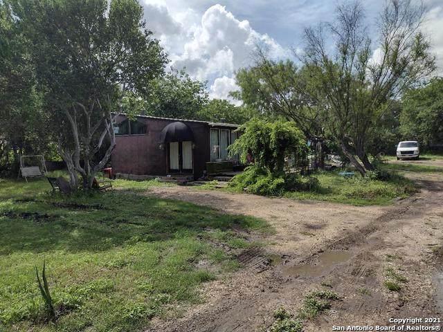 12533 Cinco De Mayo, San Antonio, TX 78252 (MLS #1534187) :: Carolina Garcia Real Estate Group
