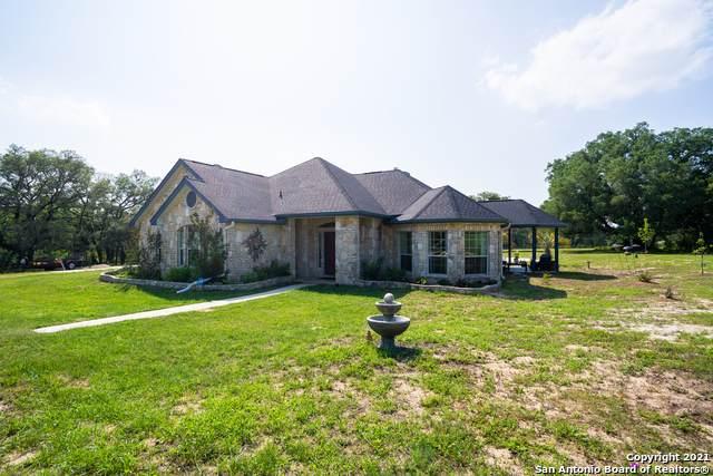 433 Ringaskiddy Cir, Floresville, TX 78114 (MLS #1534217) :: Concierge Realty of SA