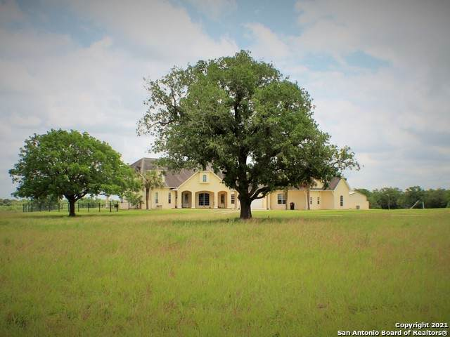 456 County Road 413A, Waelder, TX 78959 (MLS #1534395) :: The Glover Homes & Land Group