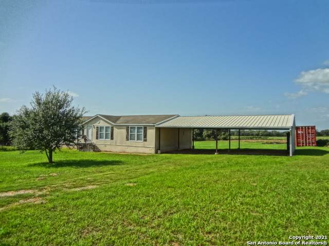128 Spring Valley Dr, Adkins, TX 78101 (#1534574) :: The Perry Henderson Group at Berkshire Hathaway Texas Realty