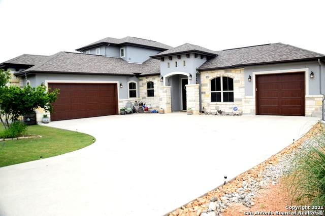 1121 Presidio Ct, Canyon Lake, TX 78133 (MLS #1534595) :: Beth Ann Falcon Real Estate