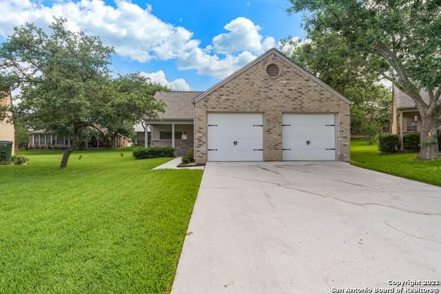 3852 Greenridge, Schertz, TX 78108 (MLS #1534659) :: Concierge Realty of SA