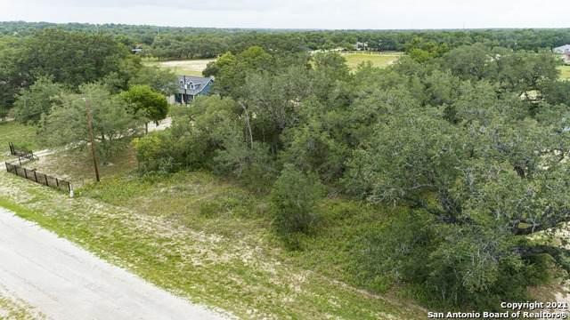 108 Grey Stone, Poteet, TX 78065 (MLS #1534758) :: Keller Williams Heritage