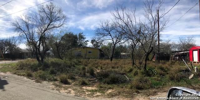 418 N 22nd St, Carrizo Springs, TX 78834 (MLS #1534805) :: ForSaleSanAntonioHomes.com