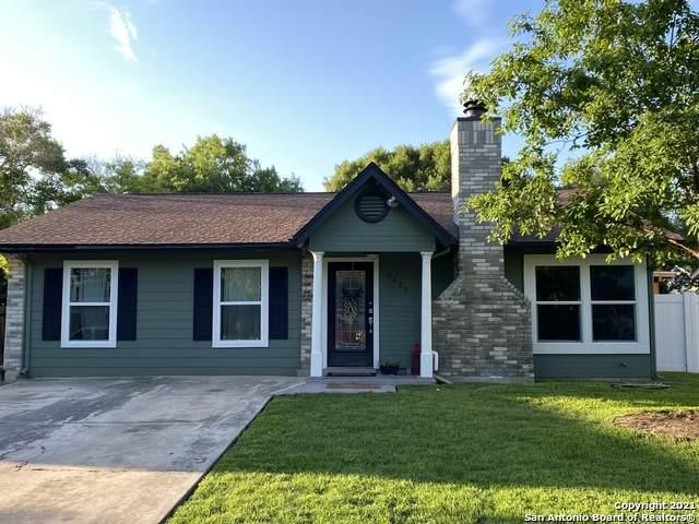 9439 Valley Ridge, San Antonio, TX 78250 (MLS #1534881) :: 2Halls Property Team   Berkshire Hathaway HomeServices PenFed Realty