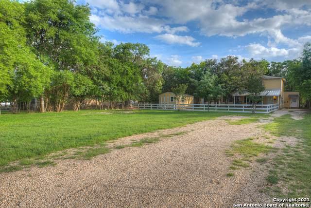 807 14TH ST, Bandera, TX 78003 (MLS #1534883) :: The Castillo Group