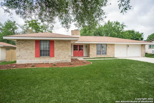 5634 Castle Knight, San Antonio, TX 78218 (MLS #1535034) :: The Glover Homes & Land Group