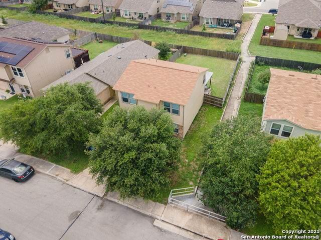 7211 Magnolia Bluff, San Antonio, TX 78218 (MLS #1535229) :: Concierge Realty of SA