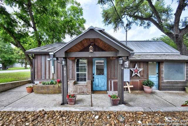 903 13TH ST, Bandera, TX 78003 (MLS #1535296) :: The Glover Homes & Land Group
