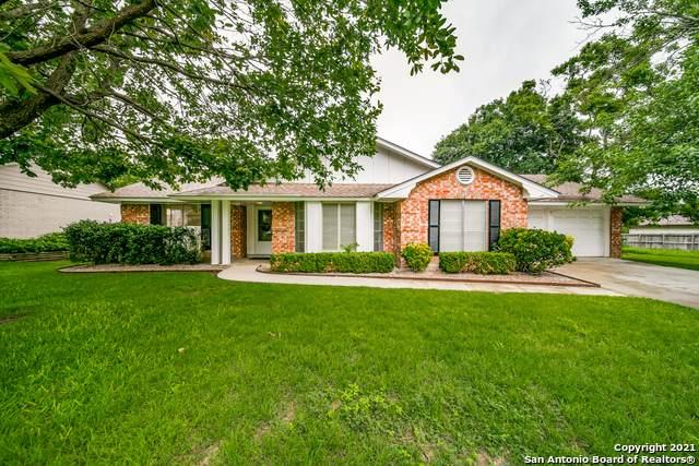 6100 Royal Pt, San Antonio, TX 78239 (MLS #1535298) :: 2Halls Property Team | Berkshire Hathaway HomeServices PenFed Realty