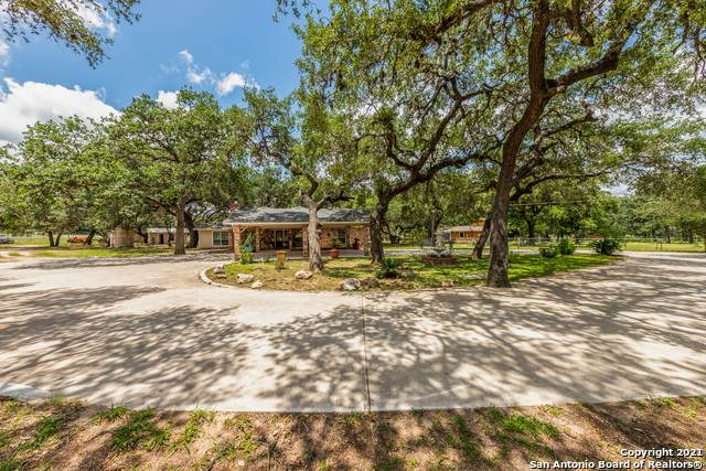 22185 Mathis Rd, San Antonio, TX 78264 (MLS #1535332) :: Bexar Team