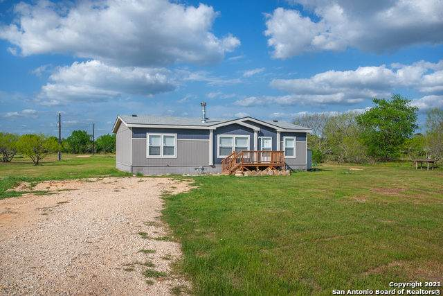 1300 County Road 342, Gonzales, TX 78629 (MLS #1535354) :: The Rise Property Group