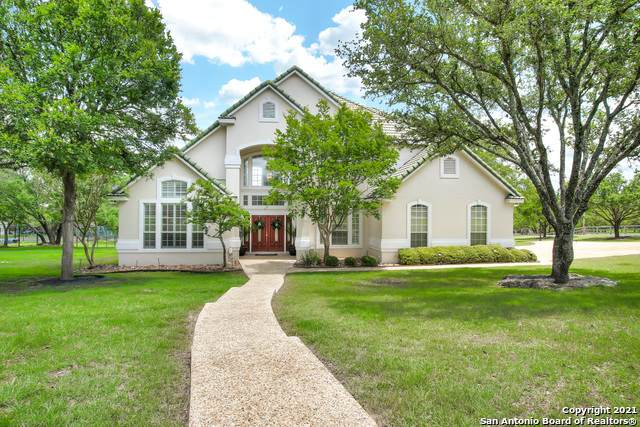 7626 Rocking Horse Ln, Fair Oaks Ranch, TX 78015 (#1535452) :: The Perry Henderson Group at Berkshire Hathaway Texas Realty