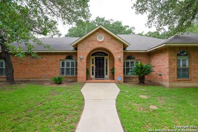 219 Hayden Rd, Pleasanton, TX 78064 (MLS #1535475) :: Keller Williams Heritage