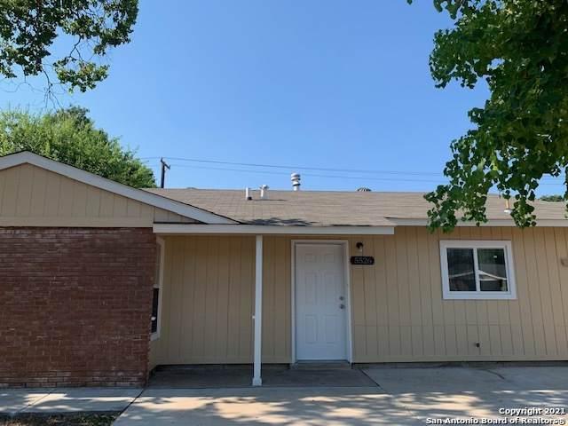 5526 Plumtree Dr, San Antonio, TX 78242 (MLS #1535578) :: Alexis Weigand Real Estate Group