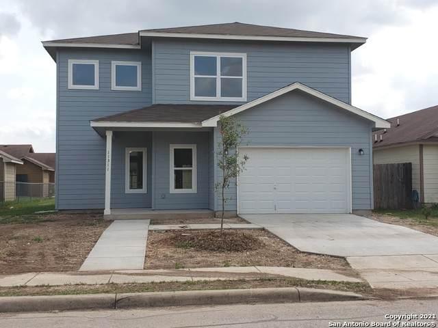 11311 Valley Star Dr, San Antonio, TX 78224 (MLS #1535771) :: 2Halls Property Team | Berkshire Hathaway HomeServices PenFed Realty
