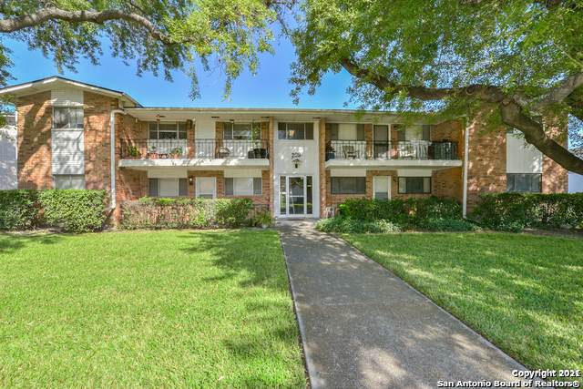 209 W Silver Sands Dr #8, San Antonio, TX 78216 (MLS #1535816) :: The Glover Homes & Land Group