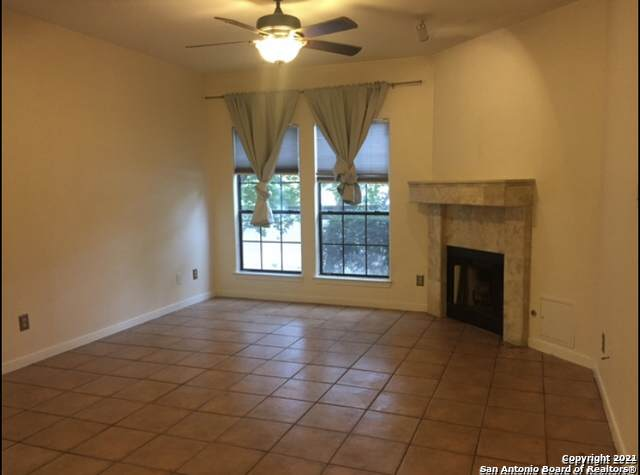 8655 Datapoint Dr - Photo 1